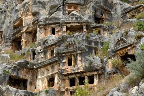 [عکس: Antalya-myra-rock-tombs.jpg]